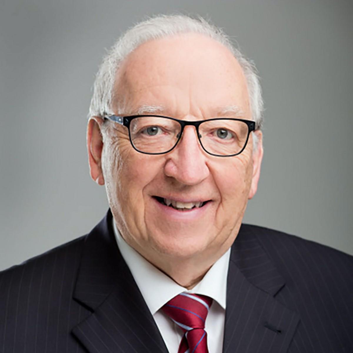 Prof. Dr. med. h.c. mult. Eberhart Zrenner